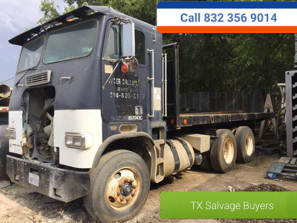 Salvage Semi Truck Buyer - Cash for semi trucks