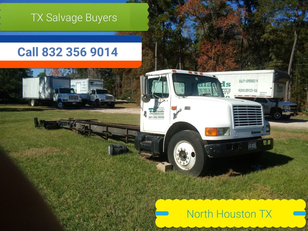 we buy junk cars. Junk car buyer Houston Texas for cash on the spot.